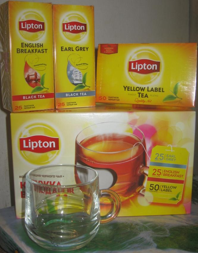Кружка чая липтон